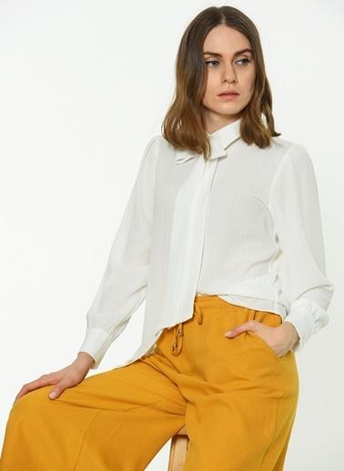 Yaka Detaylı Gömlek-Koton